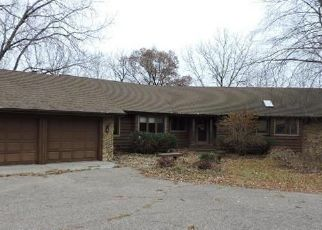 Foreclosed Home en MCCOLL DR, Savage, MN - 55378