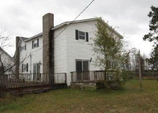Casa en ejecución hipotecaria in Stanwood, MI, 49346,  FILLMORE RD ID: F4323678