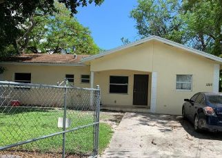 Foreclosed Home en NW 81ST TER, Miami, FL - 33147