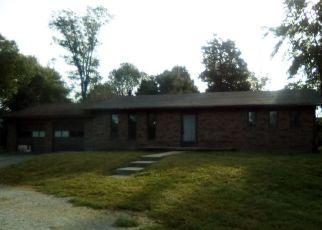 Foreclosed Home in OLD ALTON RD, Granite City, IL - 62040