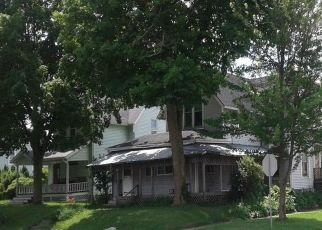 Foreclosed Home in N MAIN ST, Kendallville, IN - 46755