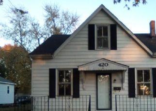 Foreclosed Home in S WALNUT ST, Trenton, IL - 62293