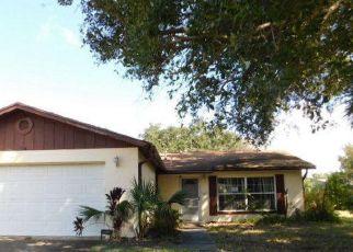Foreclosed Home en E POWDER HORN RD, Titusville, FL - 32796