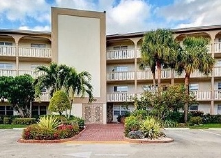 Foreclosed Home in GRANADA DR, Pompano Beach, FL - 33066