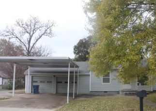 Foreclosed Home in S 22ND ST, Fort Smith, AR - 72901