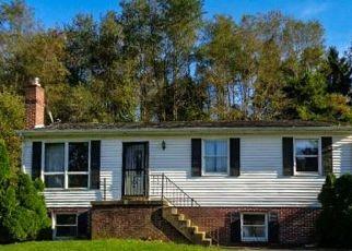 Foreclosed Home en ROCKVILLE RD, Glen Rock, PA - 17327