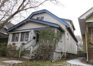 Foreclosed Home en S 70TH ST, Milwaukee, WI - 53214