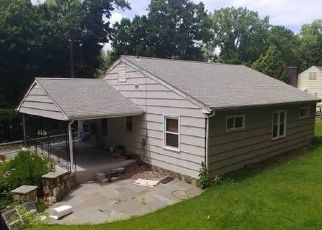 Foreclosed Home en N RIVERSIDE AVE, Croton On Hudson, NY - 10520