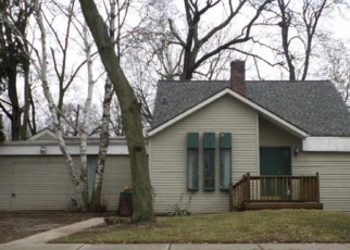 Foreclosed Home en TULANE AVE, Farmington, MI - 48336