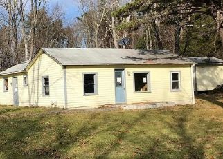 Foreclosed Home en INDIAN HOLLOW RD, Winchester, VA - 22603
