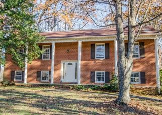 Foreclosed Home en KIRKLEY PL, Forest, VA - 24551