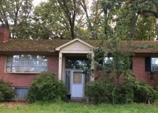 Foreclosed Home en LAKE JACKSON DR, Manassas, VA - 20111