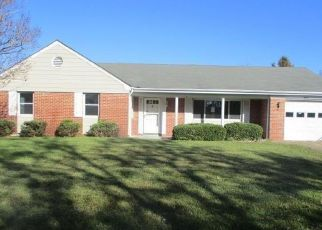 Foreclosed Home en HELENSBURGH DR, Chesapeake, VA - 23321