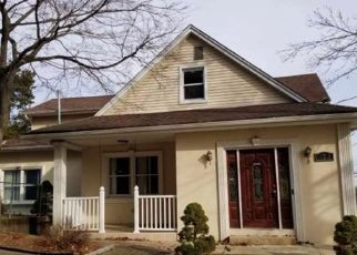 Foreclosed Home in WESTERVELT AVE, Hawthorne, NJ - 07506