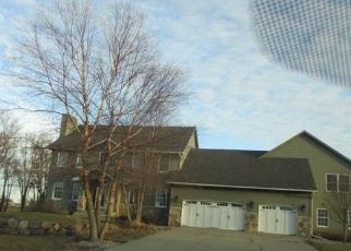 Foreclosed Home en S CLUBHOUSE RD, Sioux Falls, SD - 57108