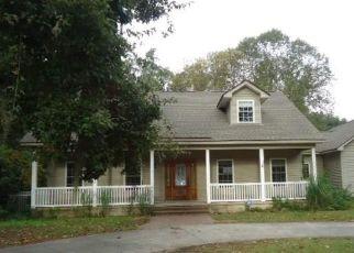 Foreclosed Home en GOHLER AVE, Savannah, GA - 31406