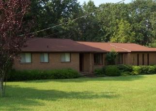 Foreclosed Home en CRESTWOOD DR, Fort Valley, GA - 31030