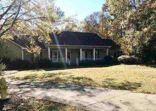 Foreclosed Home en NORTHWOODS DR, Fort Valley, GA - 31030