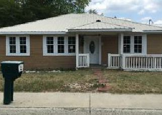 Foreclosed Home en GEORGE ST, Lexington, SC - 29072