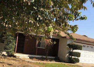 Foreclosed Home en TANGERINE ST, Bakersfield, CA - 93306