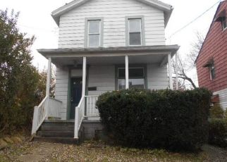 Foreclosed Home en SPRUCE ST, Verona, PA - 15147