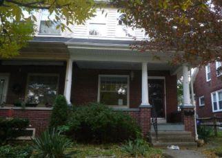 Casa en ejecución hipotecaria in Reading, PA, 19605,  RAYMOND AVE ID: F4324602