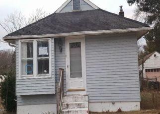 Casa en ejecución hipotecaria in Clementon, NJ, 08021,  WALNUT LN ID: F4324646