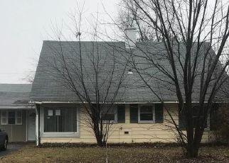 Foreclosed Home in PRINCETON LN, Willingboro, NJ - 08046