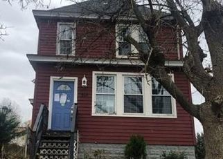 Foreclosed Home en FRIDAY RD, Pittsburgh, PA - 15209