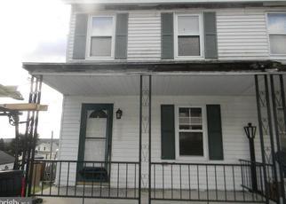 Foreclosed Home en MAIN ST, New Philadelphia, PA - 17959