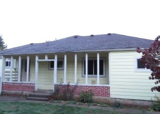 Foreclosed Home in SW BELLE ST, Cascade Locks, OR - 97014