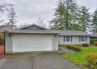 Foreclosed Home in SW PARKVIEW LOOP, Beaverton, OR - 97008