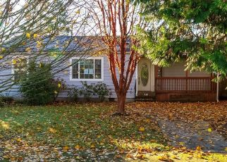 Foreclosed Home in ASTER ST, Springfield, OR - 97478