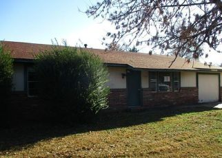 Foreclosed Home in SW 12TH PL, Wagoner, OK - 74467