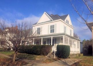 Foreclosed Home en W SOUTH ST, Jackson, OH - 45640