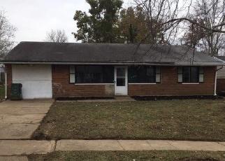 Foreclosed Home in BLUELARK DR, Cincinnati, OH - 45231