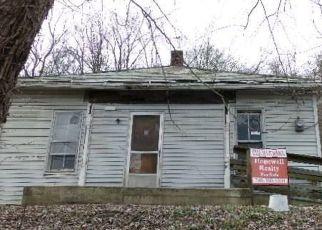 Foreclosed Home en LOCUST ST, Glouster, OH - 45732