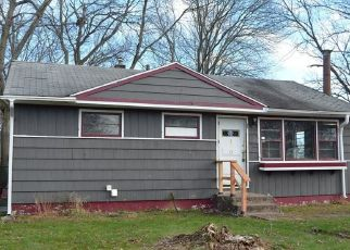 Foreclosed Home in GREAT CIRCLE RD, West Haven, CT - 06516