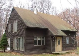 Foreclosed Home in BERTHIAUME PASSWAY, Morris, CT - 06763