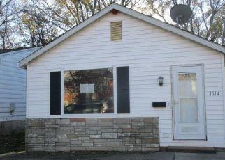 Casa en ejecución hipotecaria in Saint Charles, MO, 63301,  PINE ST ID: F4325118
