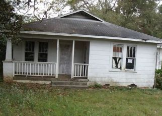 Foreclosed Home in S COLLINS ST, Tylertown, MS - 39667