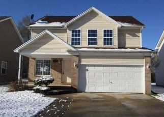 Foreclosed Home in QUINTON ST, Clinton Township, MI - 48035