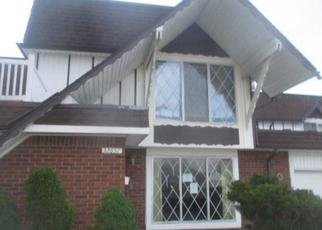 Foreclosed Home in BARCLAY SQ, Warren, MI - 48093