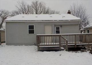 Casa en ejecución hipotecaria in Burton, MI, 48529,  COLUMBINE AVE ID: F4325210