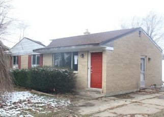 Foreclosed Home en FOREST HEIGHTS DR, Flint, MI - 48507