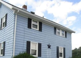 Foreclosed Home in WINSLOW AVE, Somerset, MA - 02726