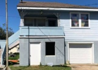 Foreclosed Home in COOK ST, Gretna, LA - 70053