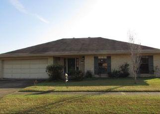 Foreclosed Home in ASPEN DR, Houma, LA - 70360