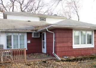 Foreclosed Home en S CORCORAN RD, Hometown, IL - 60456
