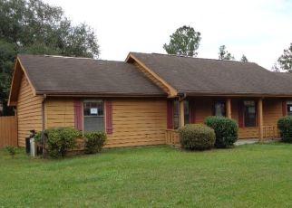 Foreclosed Home en WOLF BAY CIR, Kingsland, GA - 31548